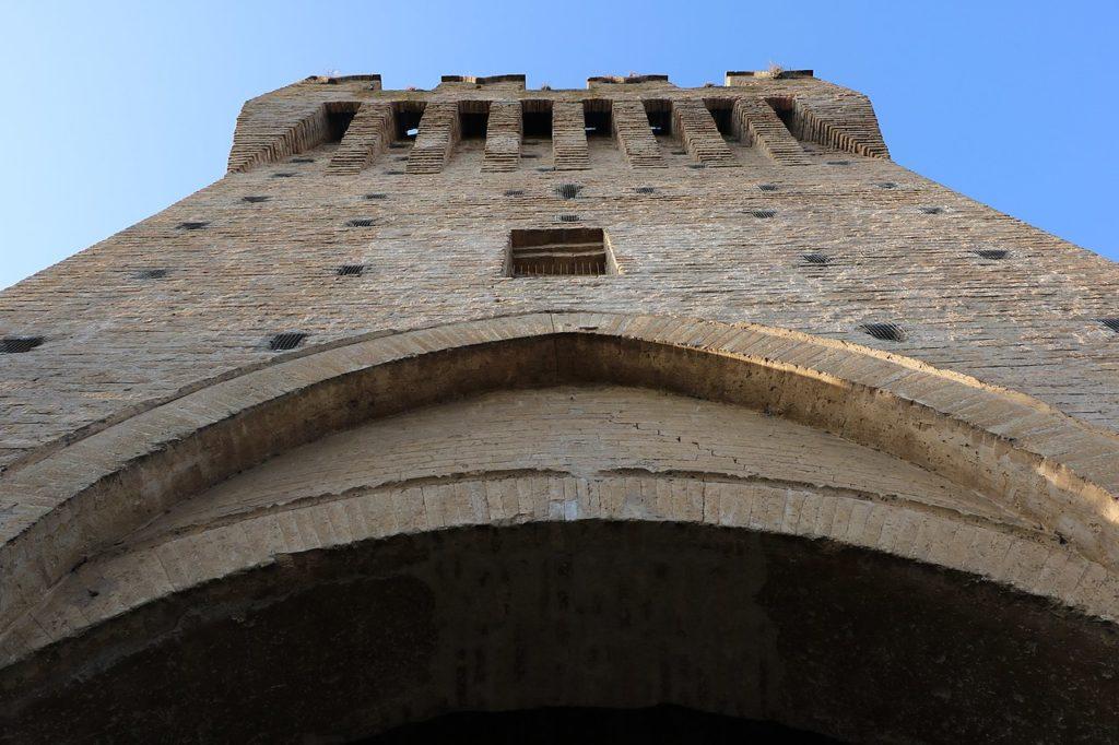 Marche, Porta Zoppa