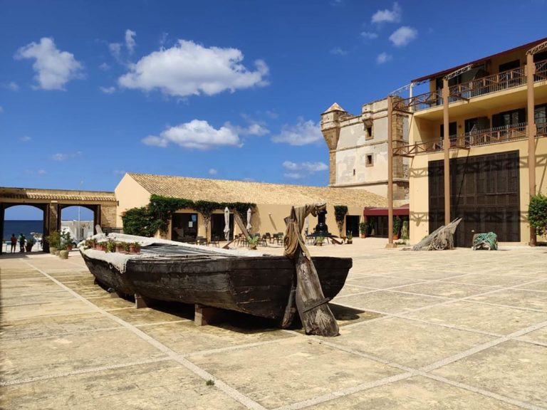 Tonnara-di-Bonagia_central-square-boat-copia